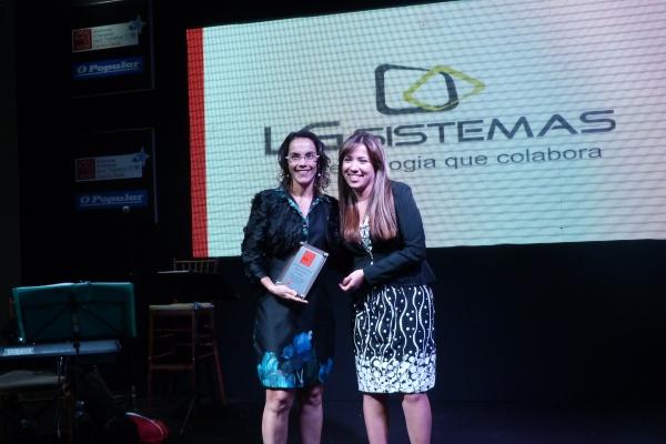 Diretora de Serviços da LG Sistemas, Daniela Mendonça, recebeu o prêmio Great Place to Work